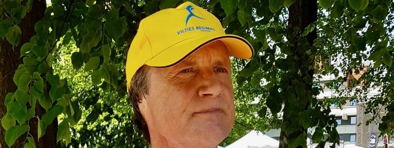 Story of Eugenijus Šneideris and his fight against melanoma